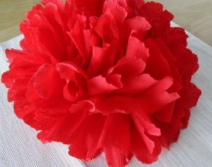 Fleur de papier rouge